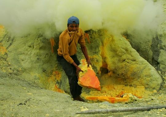 Kénbányászat
