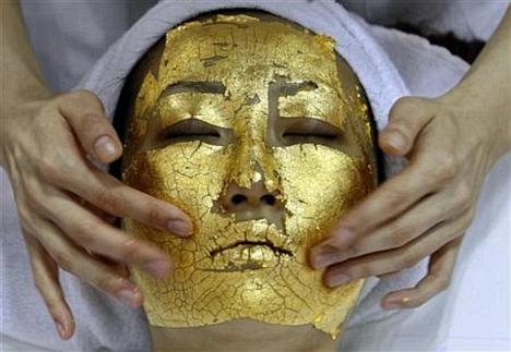 24 karátos aranypakolás