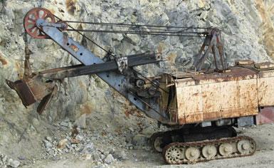 Elhagyott bányagép